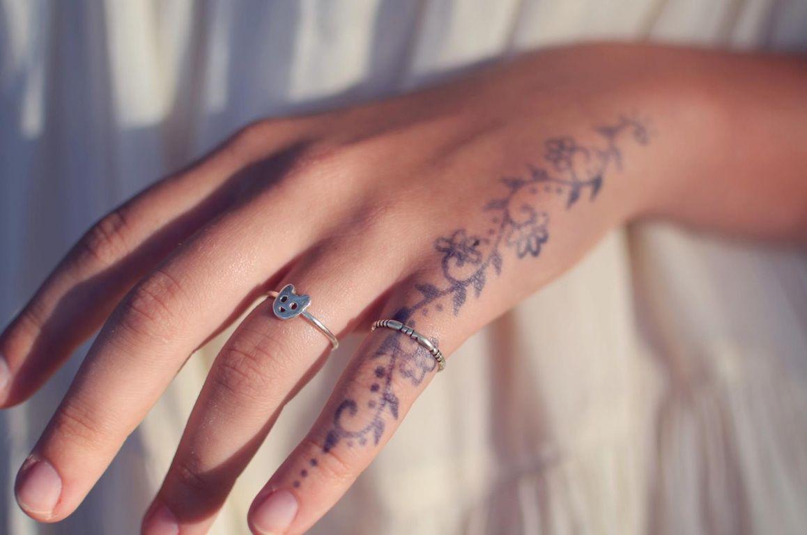 Hand tattoos love this design