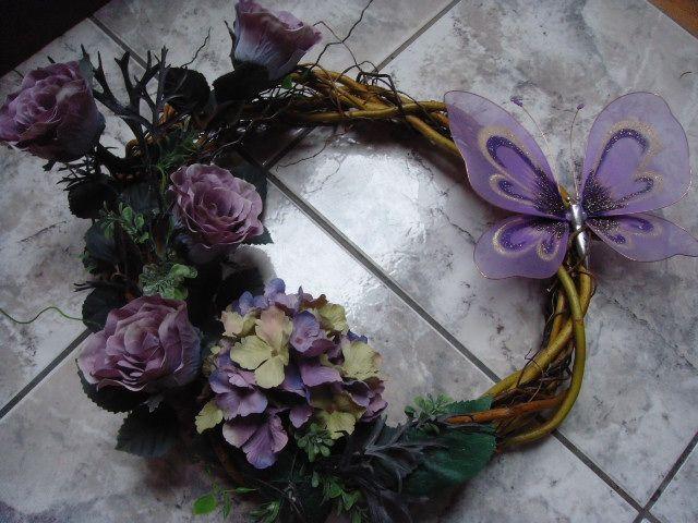 Wianek Stroik I Znicz Wszystkich Swietych Na Grob 4714315629 Oficjalne Archiwum Allegro Floral Wreath Floral Grapevine Wreath