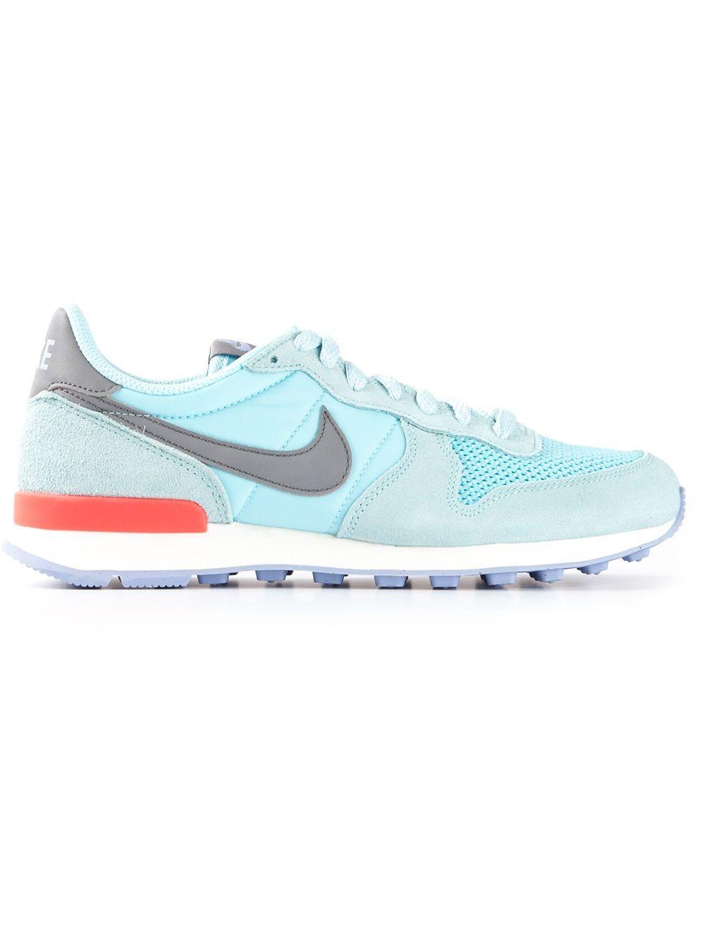 best authentic 353d5 c2fc6 Nike Internationalist Blue Trainers Blue Trainers, Nike Internationalist,  Gym Classes, Gym Style,
