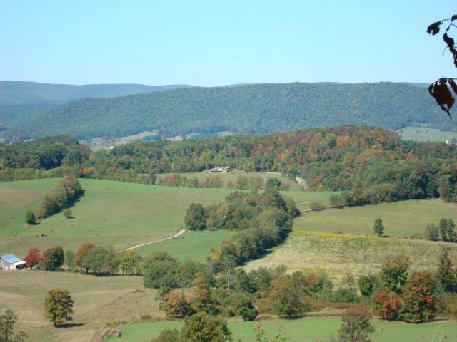 Beautiful Burkes Garden | Southwest Virginia still pulls at my ...