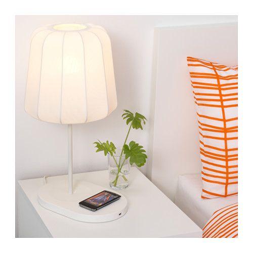 VARV Bordlampe med trådløs opladning  - IKEA