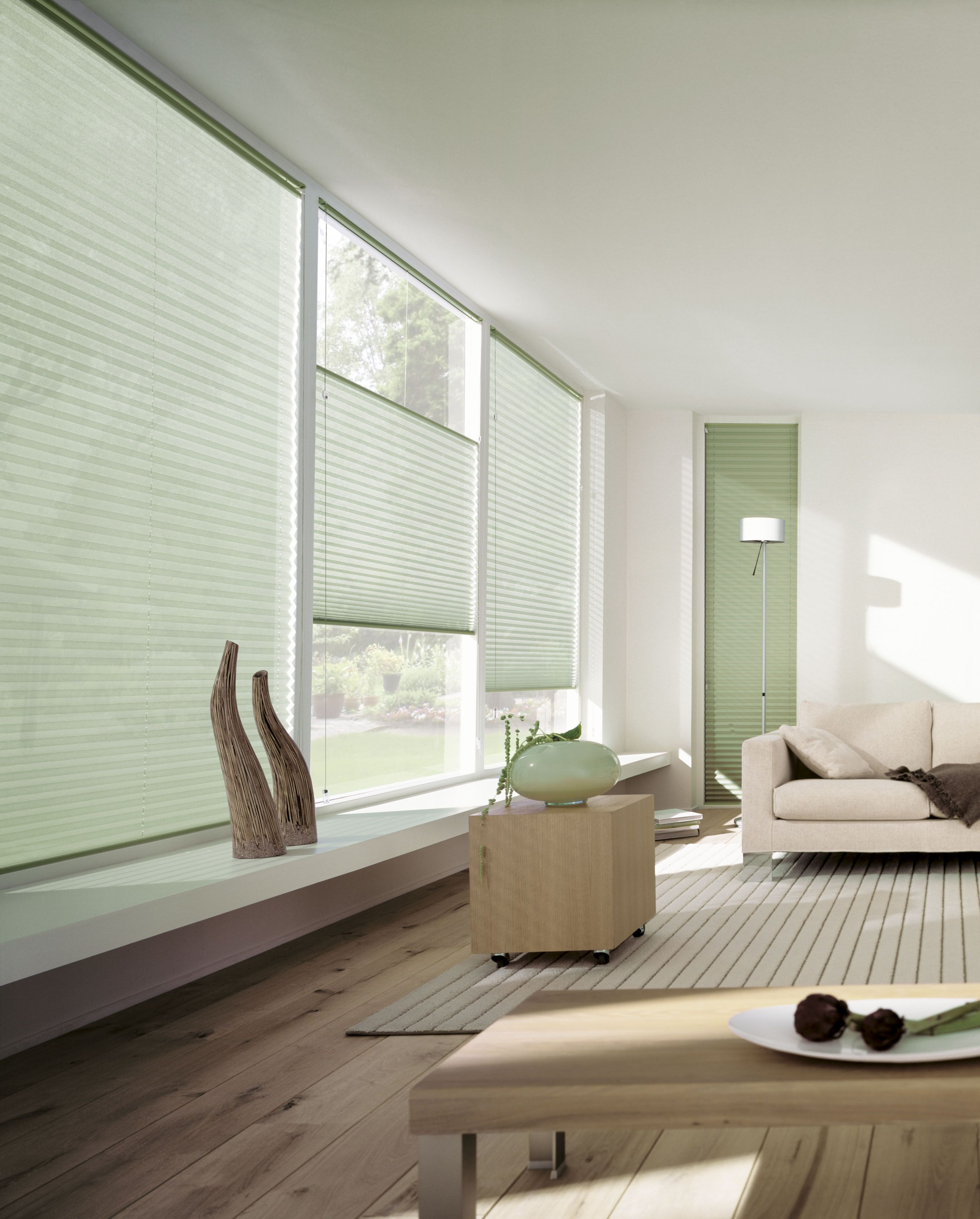 dekorativer sonnenschutz f r den innenbereich fenster schmidinger aus ober sterreich hat eine. Black Bedroom Furniture Sets. Home Design Ideas