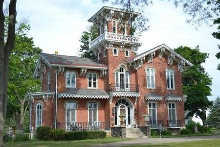 Oldhouses Com 1863 Italianate Pam Poling In Hudson Michigan Victorian Houses For Sale Victorian Homes Old House Dreams