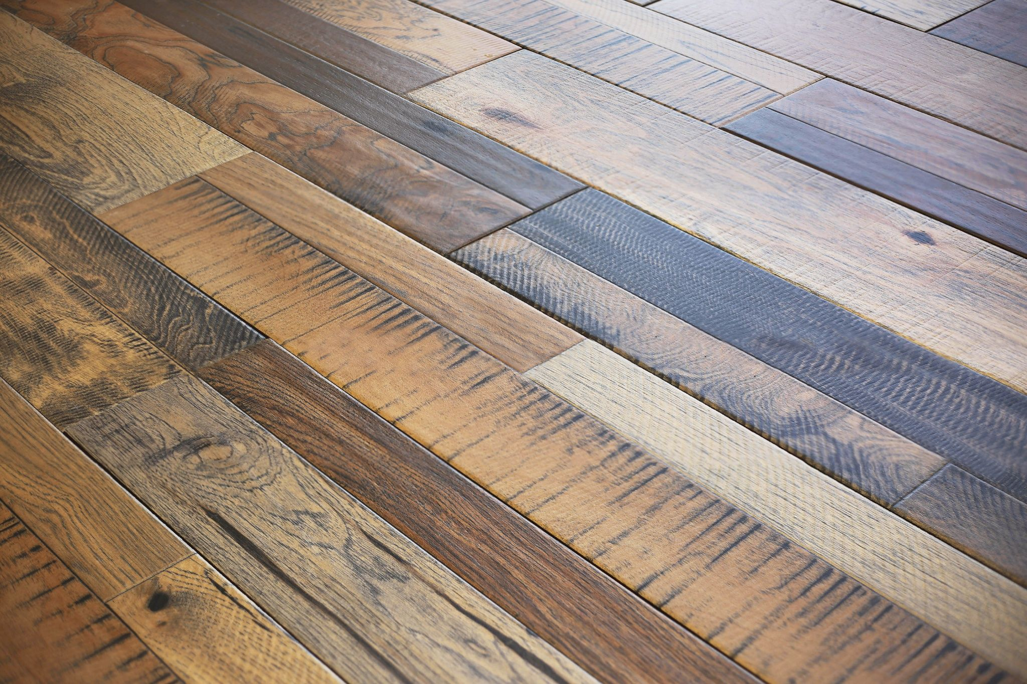 Reclaimed Wood Look Ceramic Floor Tile