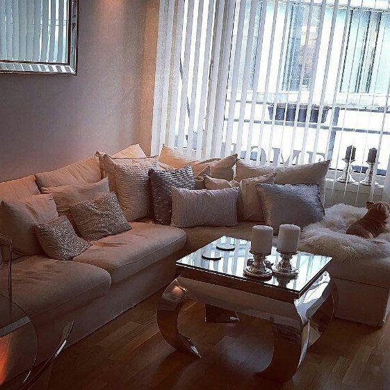 Lekkert hos #Repost @mariannblo   Myhome#home#classicliving#glam #vienna60 #Stuemøbel #glammøbler #glam #classyhome #interior #furniture #home #design #steel #stål #stålmøbler #interiorandhome #interiorforyou #interiordesign #interior123 #homedecor #homefashion #intetior125 #interior444 #interior4all #hem_inspiration #husoghjem #stue #valencia#stusni#love@happy#fashion #