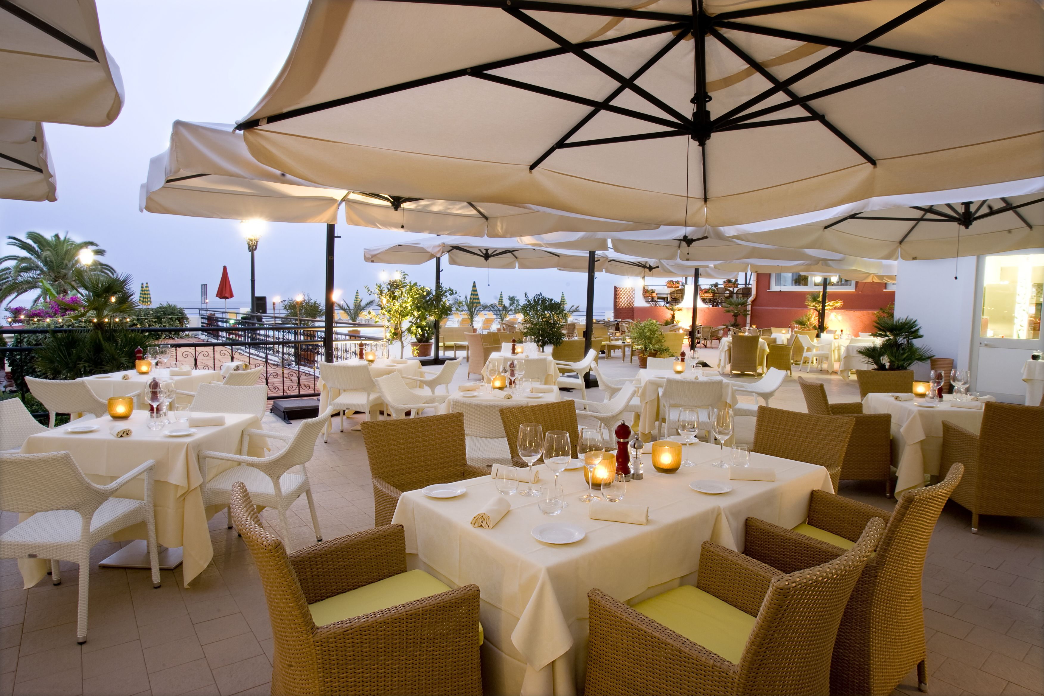 Wine barHilton, Giardini Naxos Sicily (With images