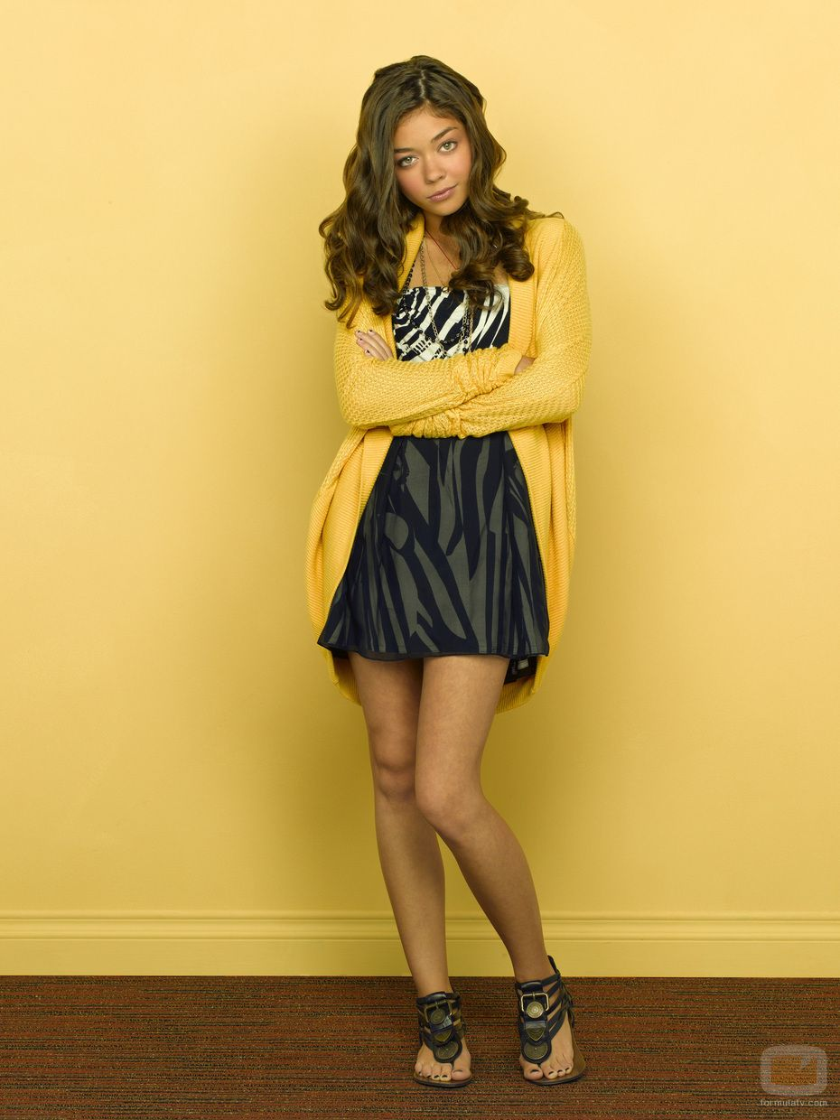 Modern Family Haley Dunphy Modern Family Haley College Girl Fashion Sarah Hyland