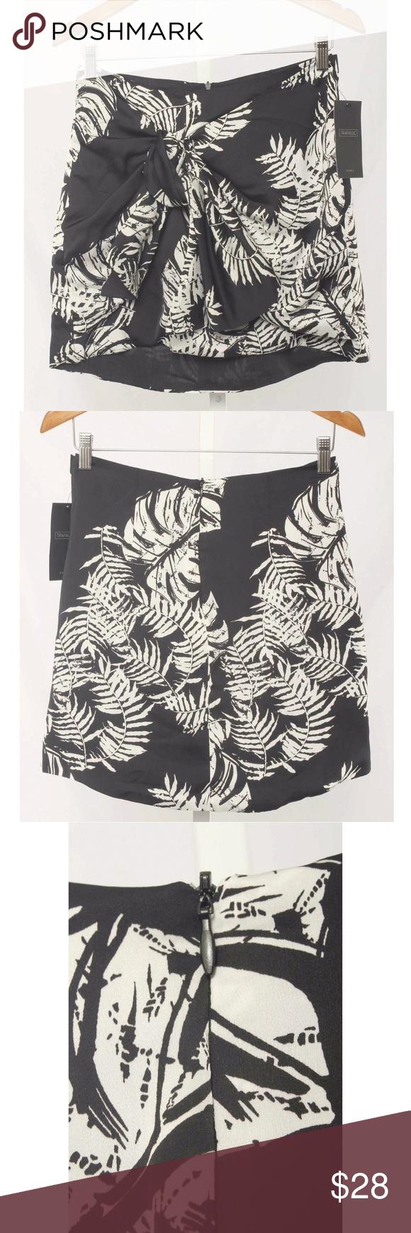 344d96f4 Zara Trafaluc Black Leaf Print Tie Front Skirt NWT Trafaluc by Zara Size M  Black Palm