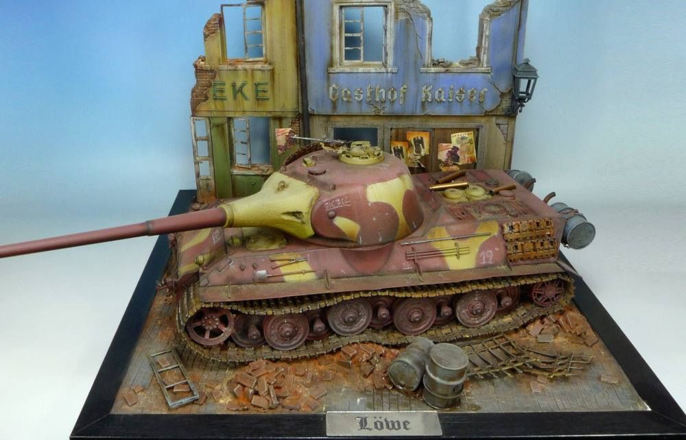 Used #MiniArt's Kit: 36038 RUINED GERMAN HOUSES w/BASE http://miniart-models.com/36038/ Modeller: Lukasz Grzyb Source: https://www.facebook.com/pg/atomscales/photos/?tab=album&album_id=1269554573088573