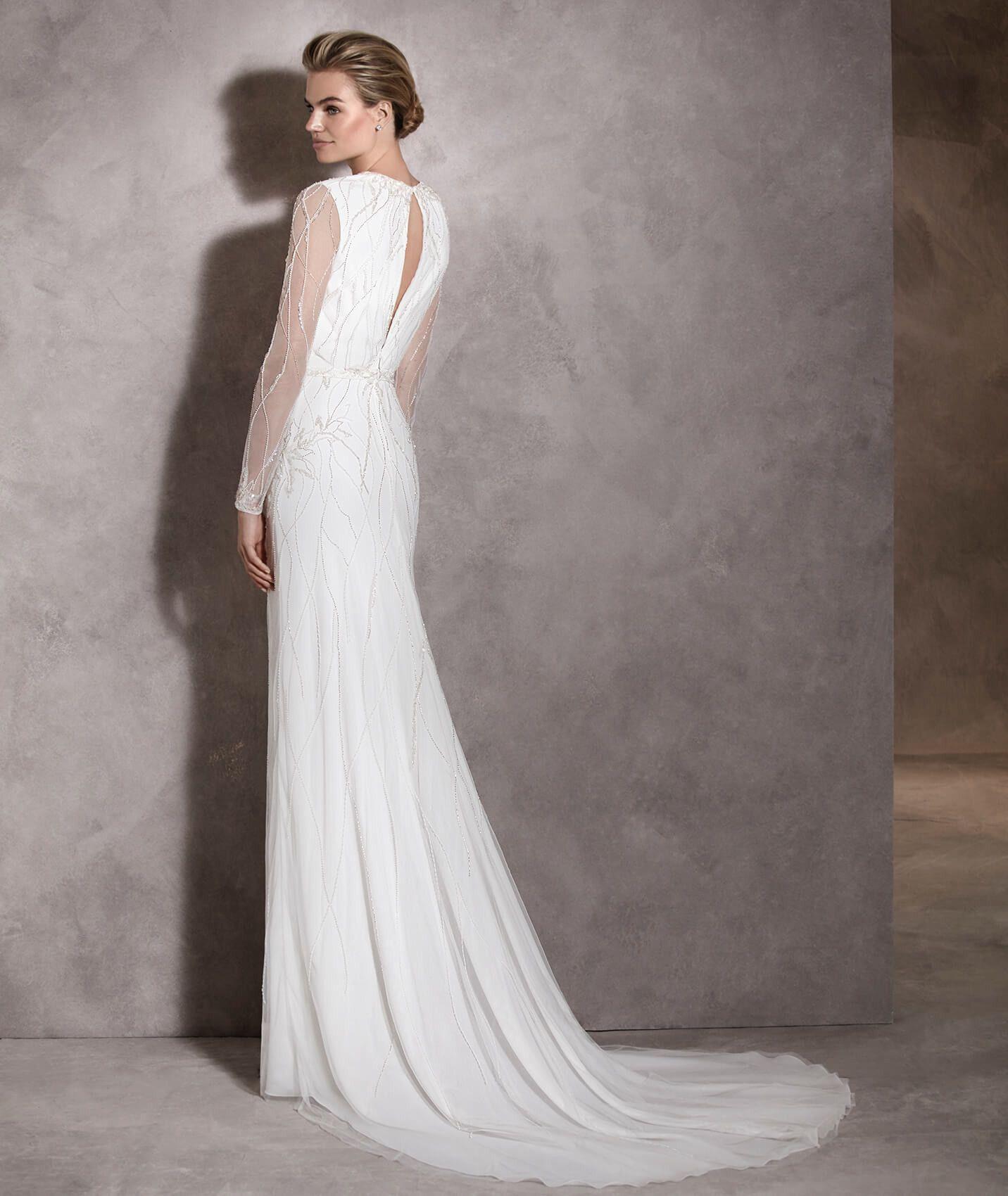 Antara - Brautkleid aus Tüll mit ausgestelltem Rock und langen ...