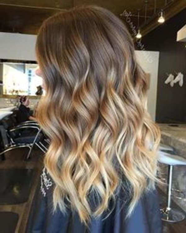 20 Dark Blonde Balayage Hair Color Ideas To Try In 2019 Dark Blonde Balayage Hair Color Ideas Seem To B Short Ombre Hair Dark Blonde Balayage Honey Brown Hair
