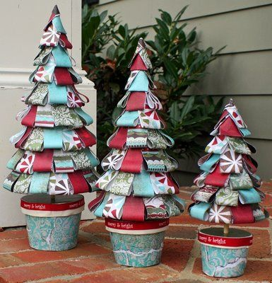 Great paper Christmas Trees.  I have made these before and they are adorable....