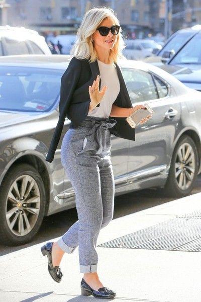 Julianne Hough Photos - Julianne Hough Arrives at Her Hotel in New York City - Zimbio #juliannehoughstyle