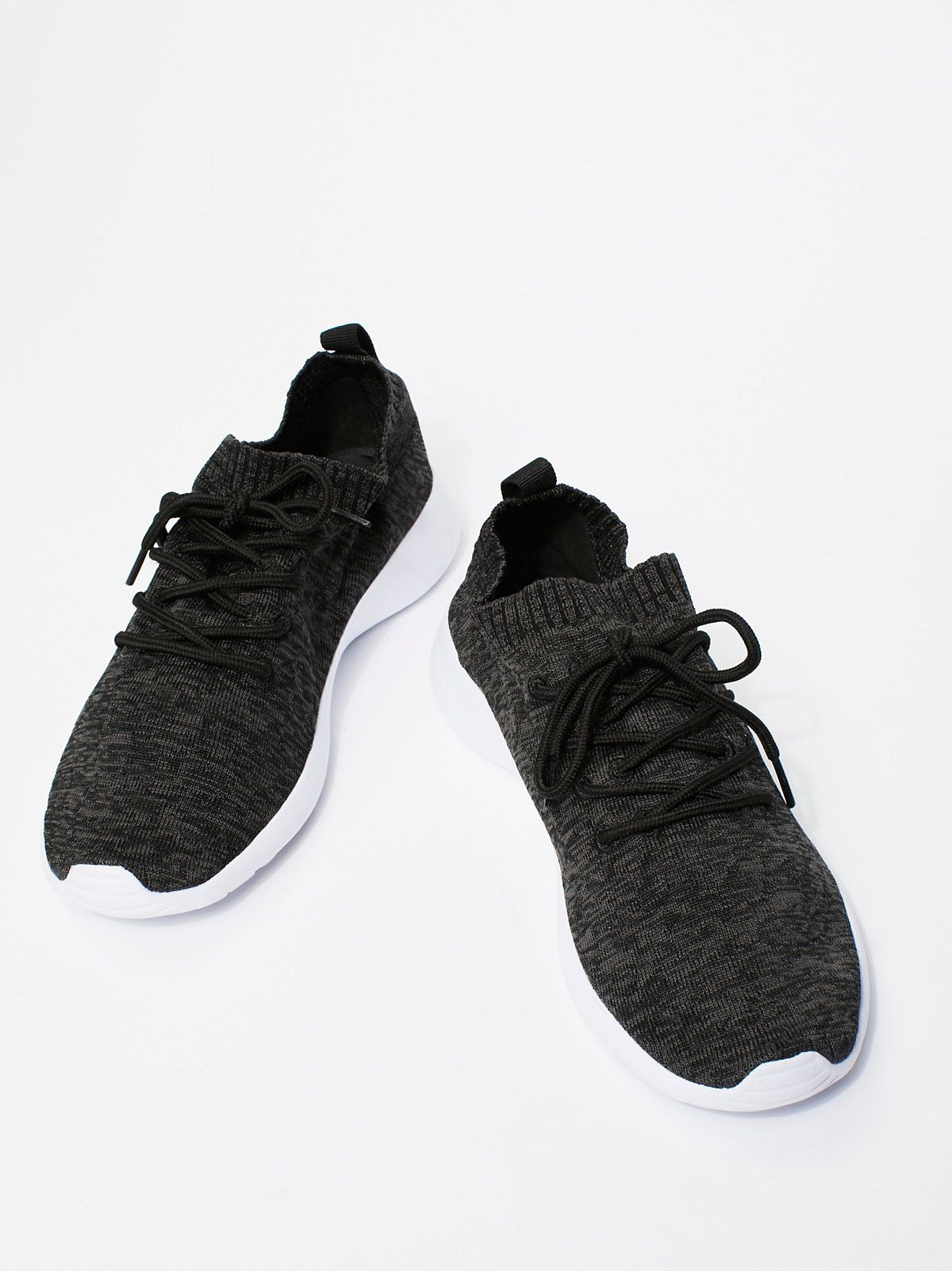 721659e72ee7 MOVMT Vegan Cabo Sneaker