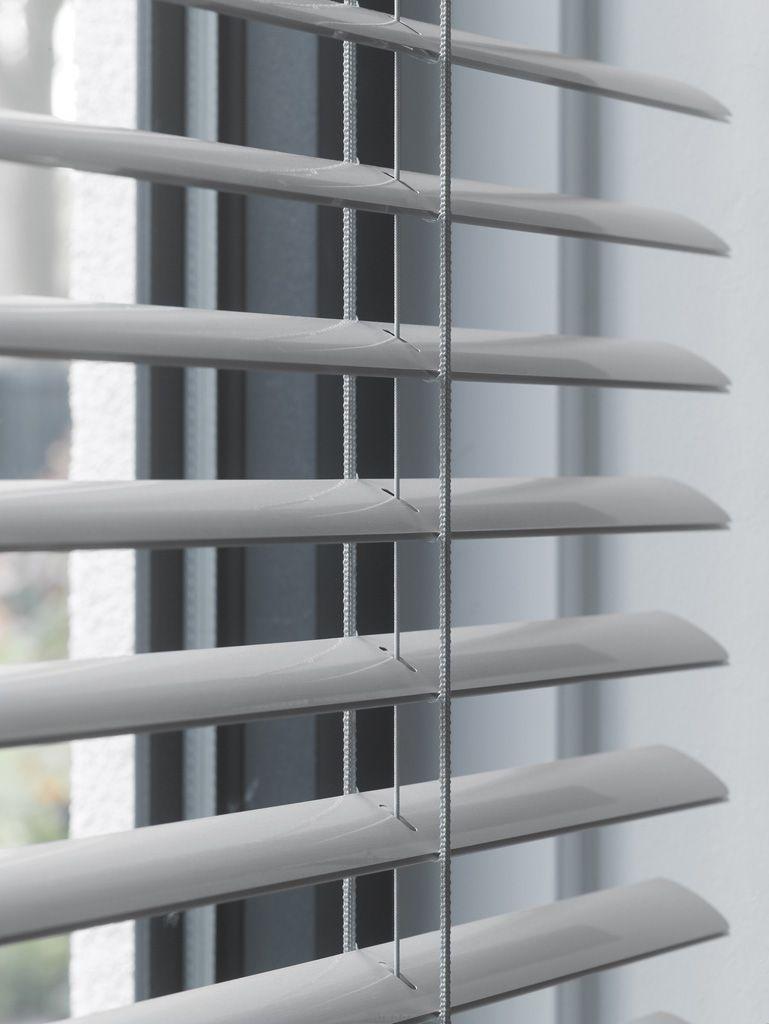 Leha Jalousie Detail Pinned By Www Wagner Fenster At Fenster Und Turen Fenster Sonnenschutz