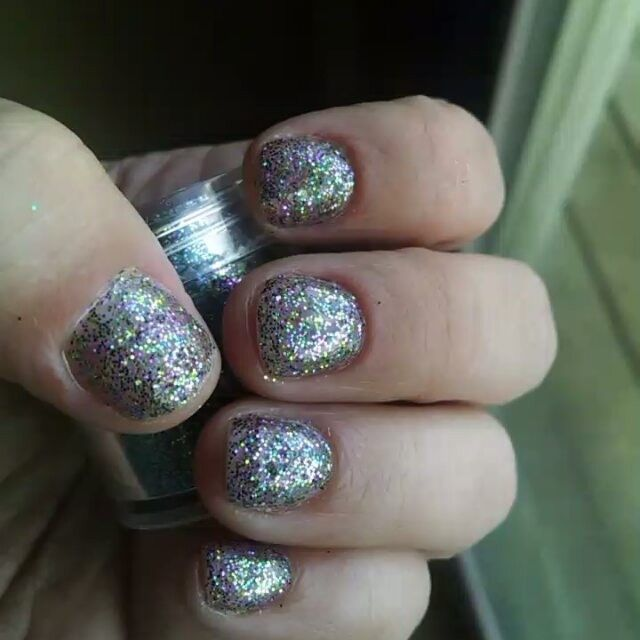Today called for #gelmanicure with lots of #glitter #nails ...