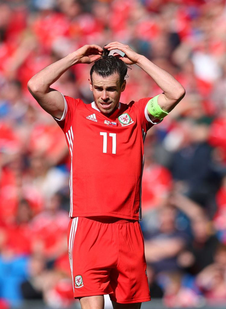 Gareth Bale Of Wales Adjusts His Hair During The 2020 Uefa European Gareth Bale Gareth Bale Wales Gareth Bale Hairstyle