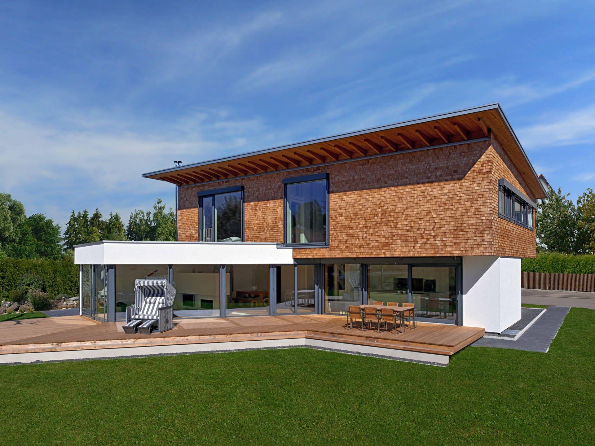 Modernes holzhaus pultdach  Designhaus Bullinger • Designerhaus von Baufritz • Modernes ...