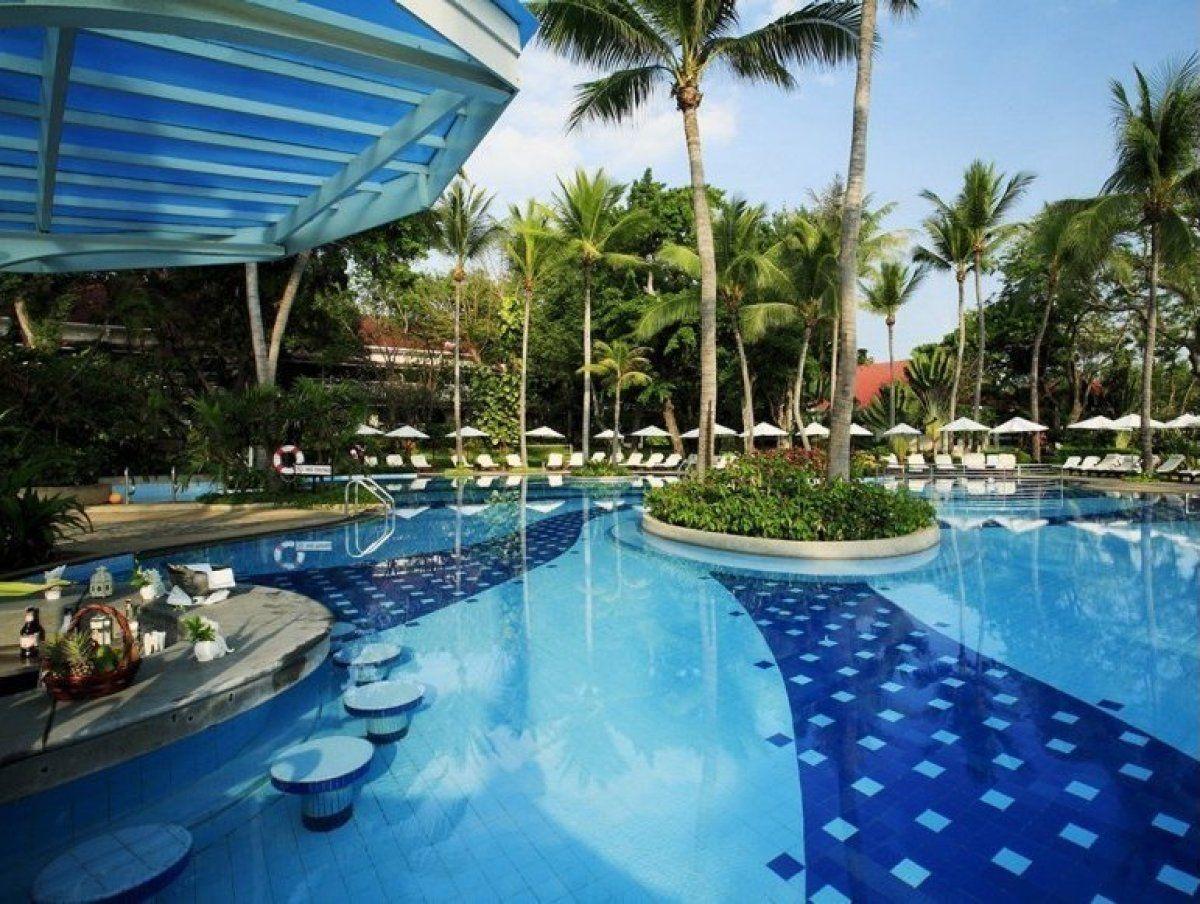 Swim up bars centara grand beach resort villas hua hin for Swimming pool testsieger