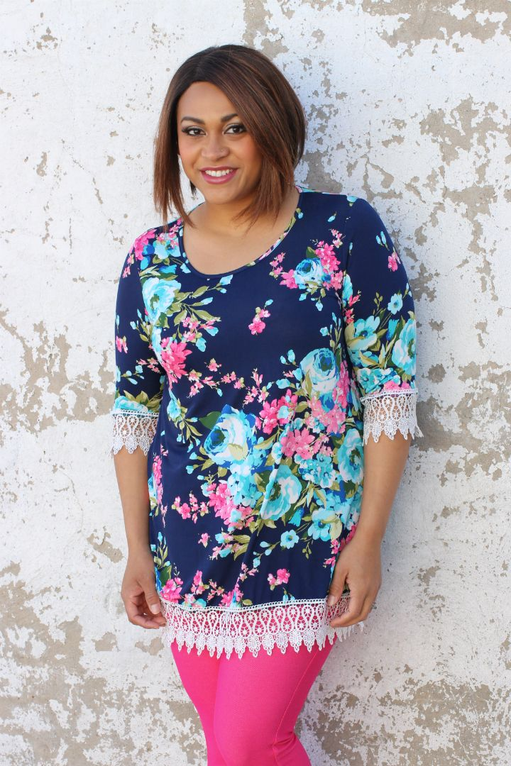 Pin by One Faith Boutique on Tunics - Curvy | Floral tops, Fashion