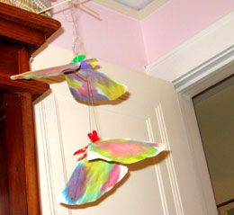 homemade butterfly mobile craft    http://www.parentsconnect.com/parenting-your-kids/activities/crafts/butterly_mobile.html
