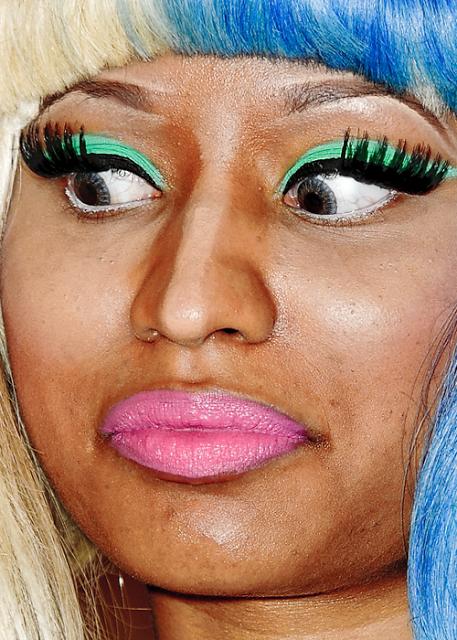 Contouring faux pas...Nicki Minaj