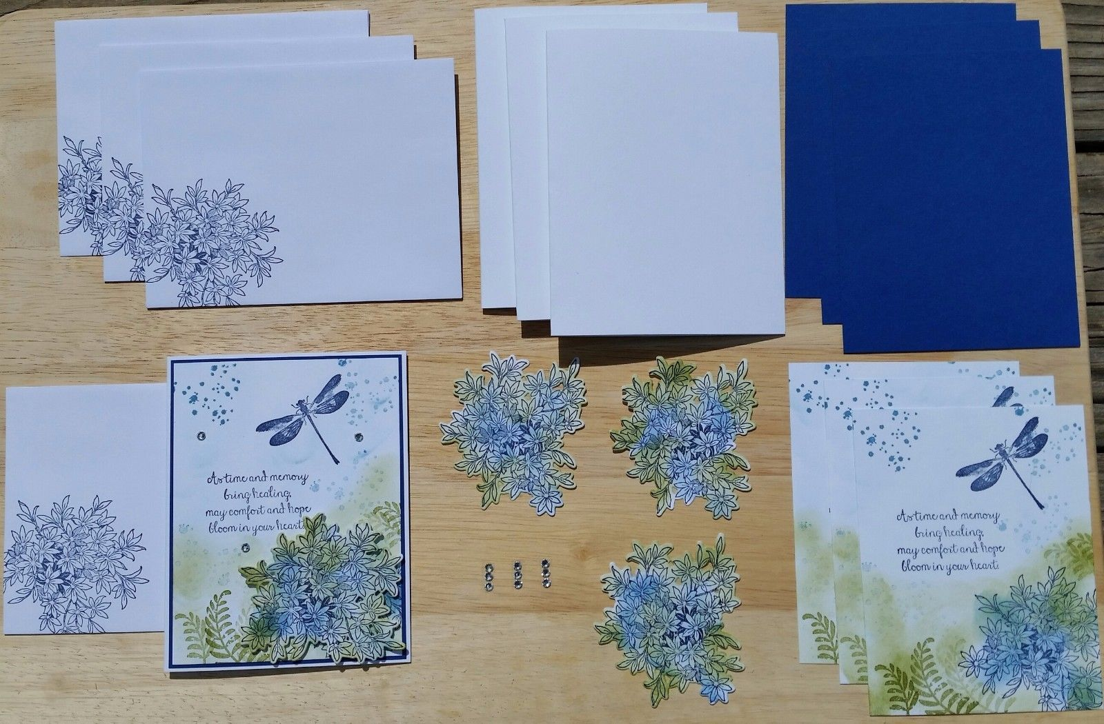 """HANDMADE STAMPIN' UP! """"AWESOMELY ARTISTIC"""" SYMPATHY CARD KIT SET OF 4. EACH CARD IS IN IT OWN A2 CLEAR CELLOPHANE SLEEVE ENVELOPE. YOU WILL RECEIVE 1 COMPLETED CARD AND ALL THE SUPPLIES YOU WILL NEED TO MAKE 3 MORE CARDS WITH 4 MATCHING ENVELOPES. 