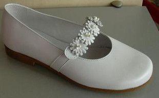 Buty Komunijne Dziewczece Hiszpanskie Pablosky 879405 Kolor Perlowy Brak Wyprzedane Loafers Fashion Shoes