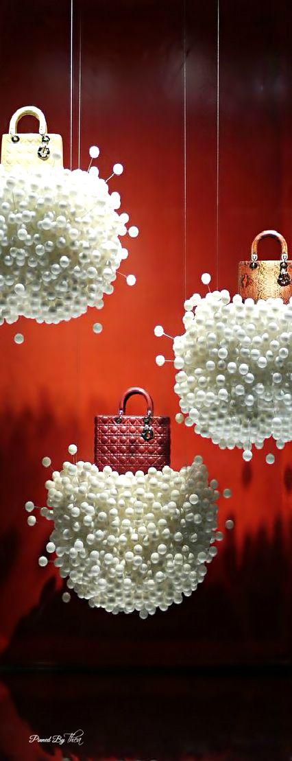 Dior ~ Tнεα. Via @theatoria. #Dior #handbags