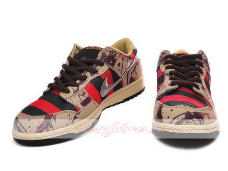 Freddy Krueger Nike Dunk Low SB