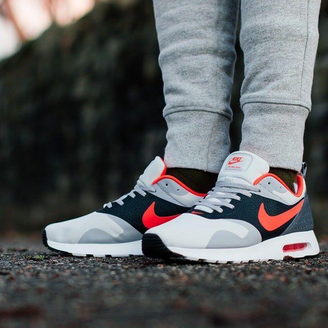 Nike Air Max Tavas Se Orange