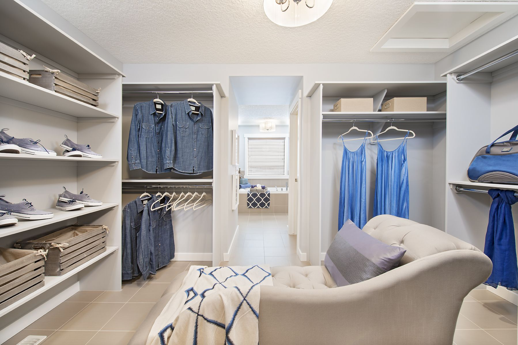 walk-in closet w/ lounge area   New home builders, Finding ...