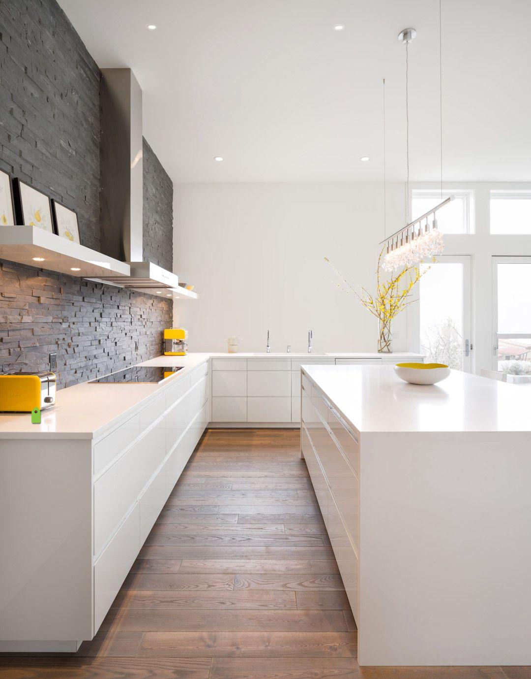 100 idee di cucine moderne con elementi in legno | Mattoni, Cucina ...