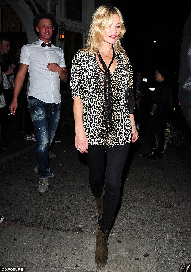 Kate Moss Rocks More Leopard Print At The Paradise Club Kate Moss