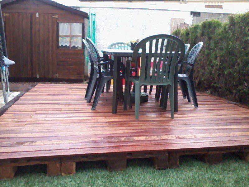 Création dune terrasse en palettes palettes,terrasse en bois ...