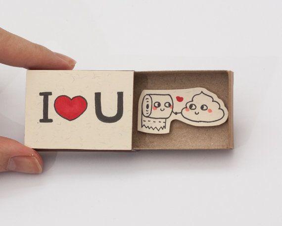 """Poop Valentinskarte / witzige Valentinskarte / Poo-Karte / Cute Hochzeitstag / Humor Liebe Karte / Matchbox / """"Ich liebe dich"""" - Poo-Toilettenpapier"""