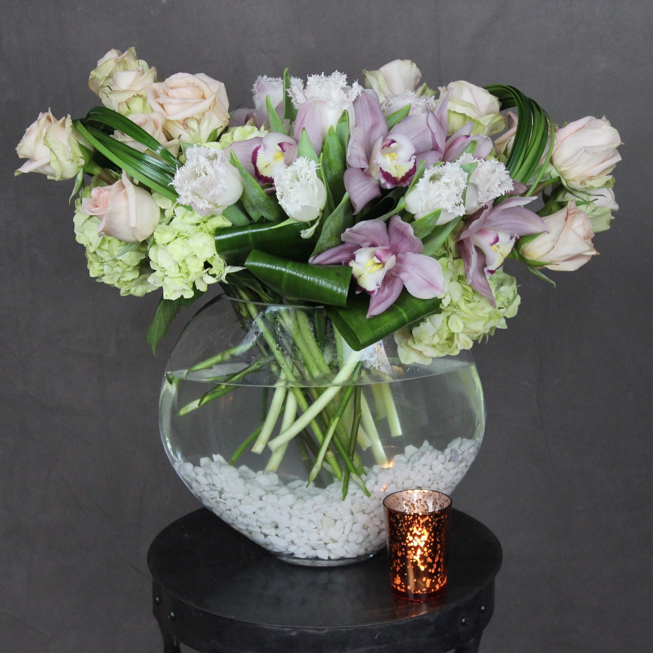 To the Moon and Back Flower delivery, Event centerpiece