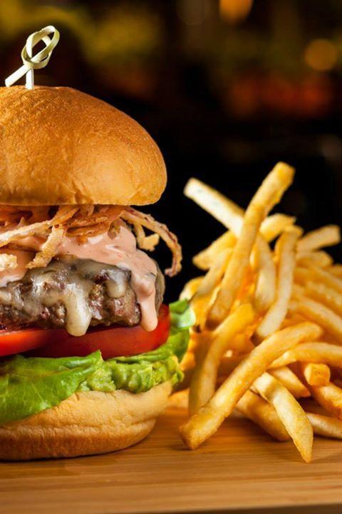 The Mercer Burger Nyc Soho Food Restaurant New York York