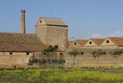 Bodegas Morales  de La Palma del Condado (Huelva-España):