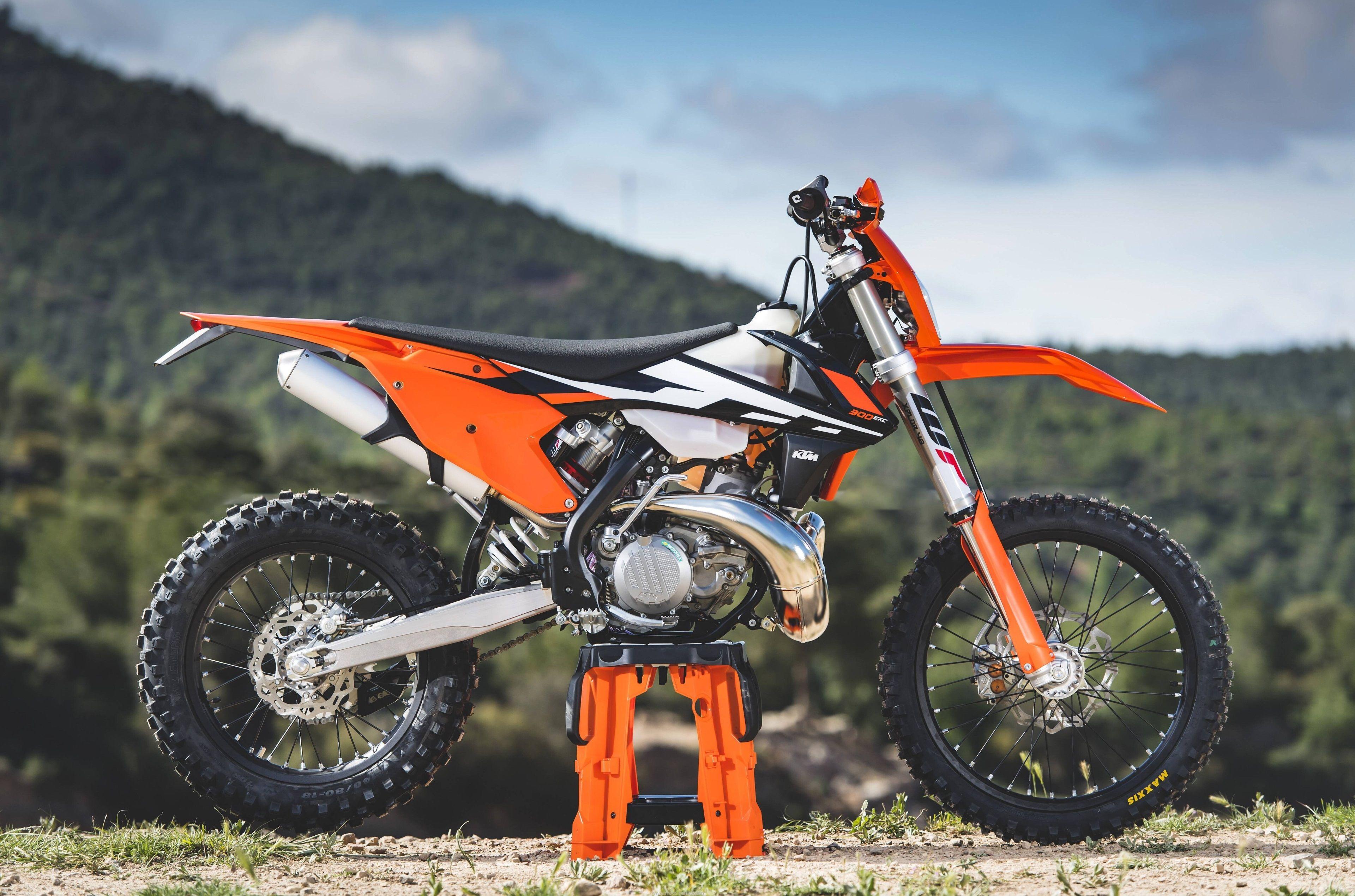 3840x2539 Ktm 300 Exc 4k Desktop Backgrounds Wallpaper Ktm Ktm Motocross Ktm 300
