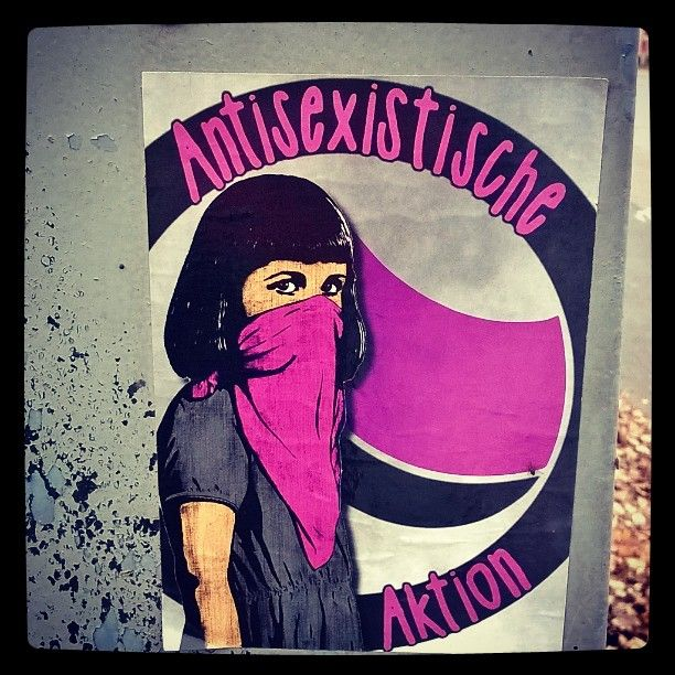 #antisexistische #auktion #antisexistischeauktion #seksismiävastaan #againstsexism. #feminism #feminismi #tasaarvo #equality #pinkkii #streetart #sticker #katutaidetta #tarra