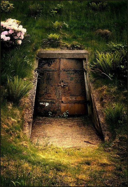 inner sanctum Underground homes, Scenery, Underground bunker