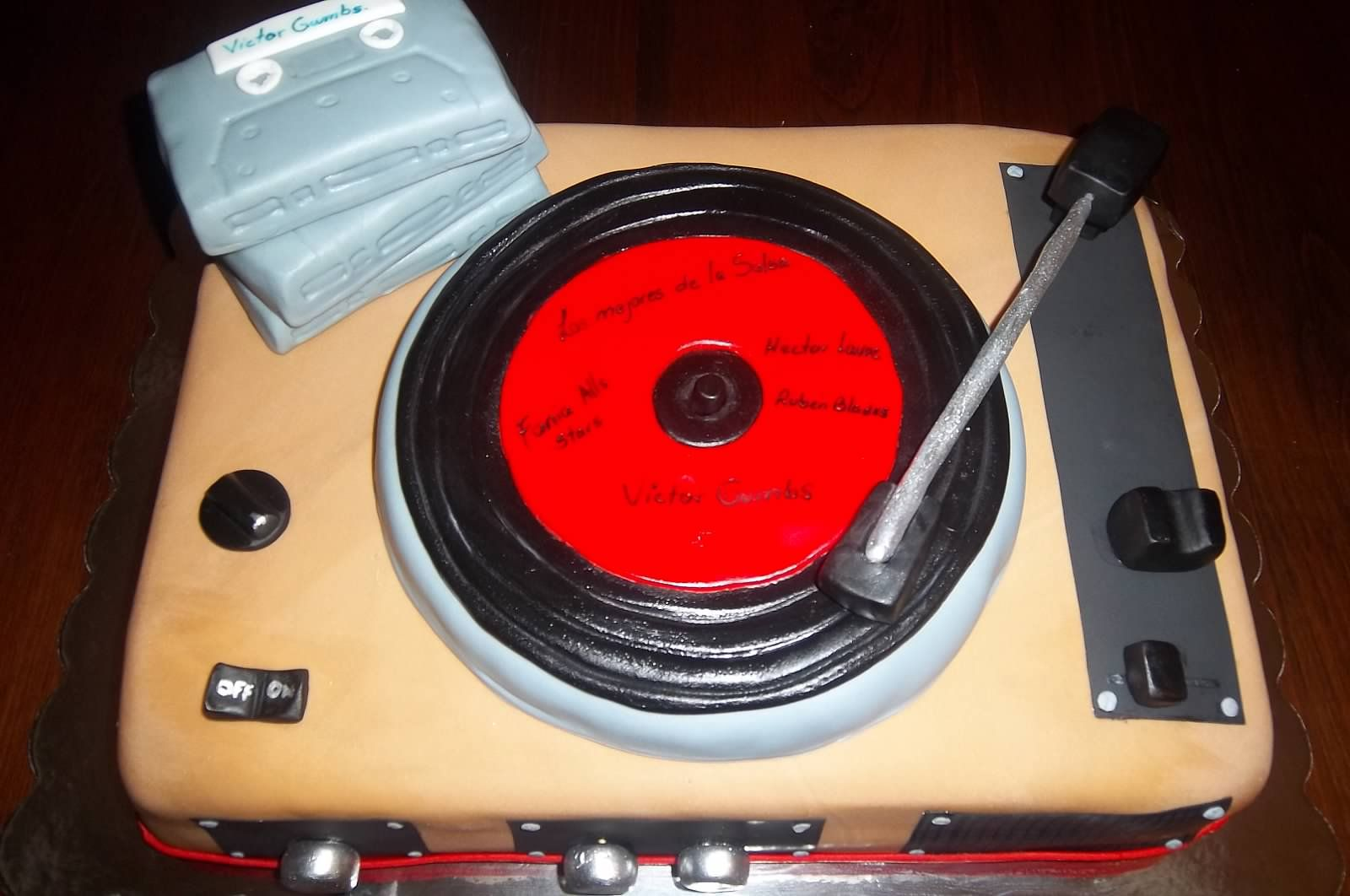 Record - Player Cake
