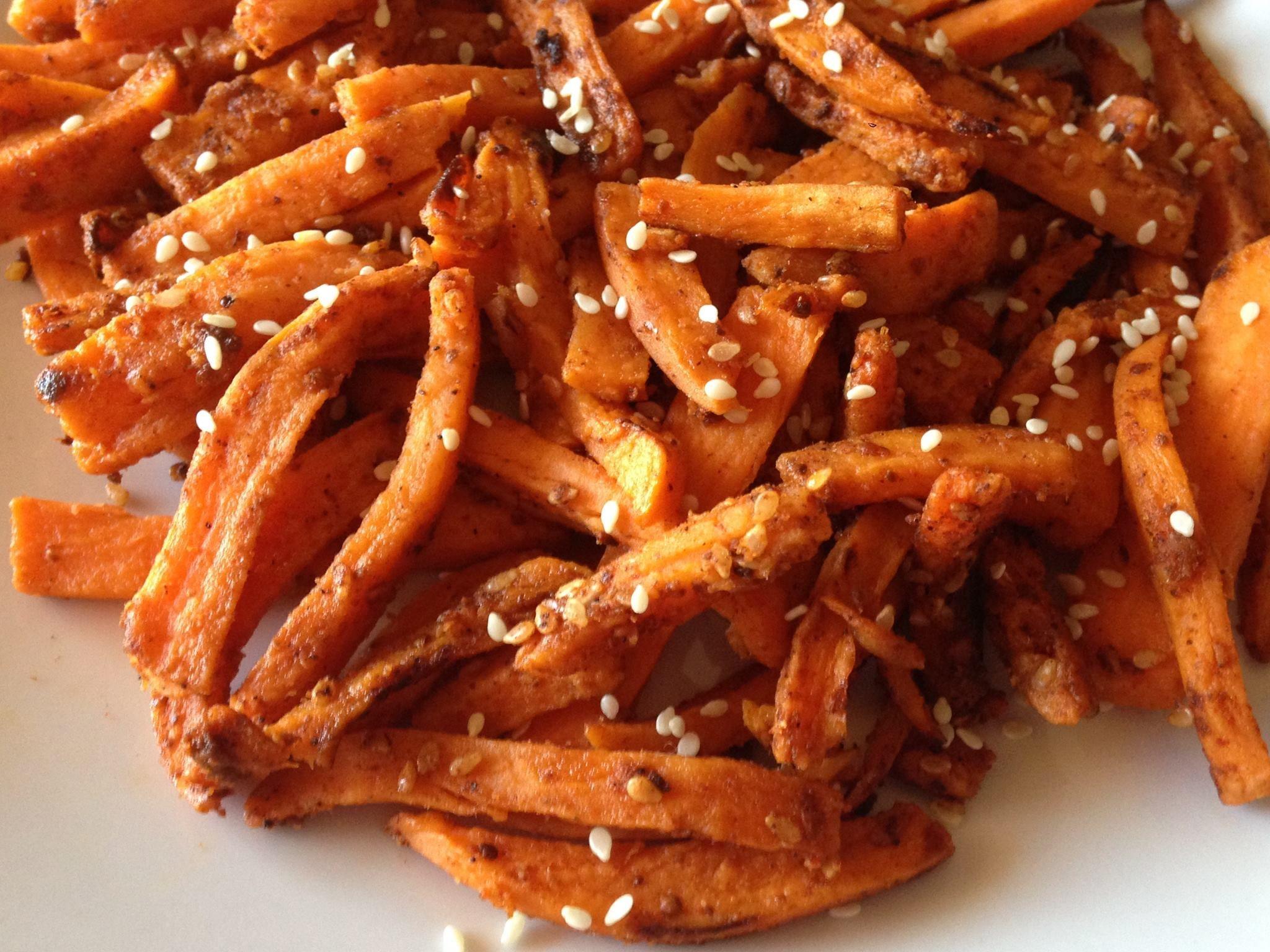 Patate americane in padella con spezie e sesamo ricetta for Patate dolci americane