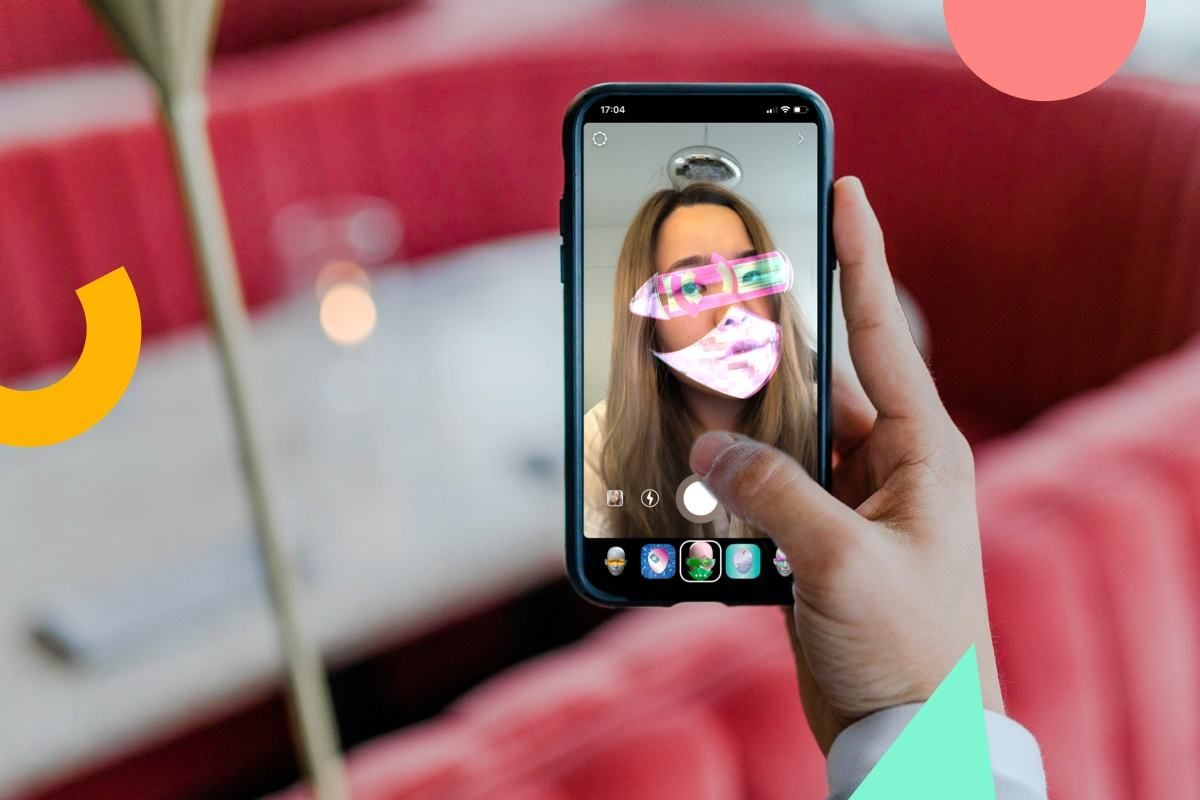 Virtual Photo Booth as an Instagram Story Filter