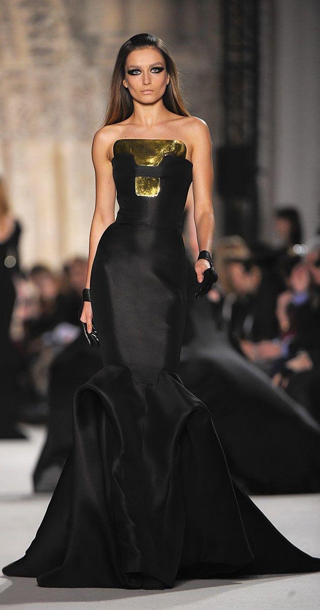 4f8c58a94cb25 Essence of a woman Podyum Modası, Kadın Modası, Stephane Rolland, Siyah  Elbise,