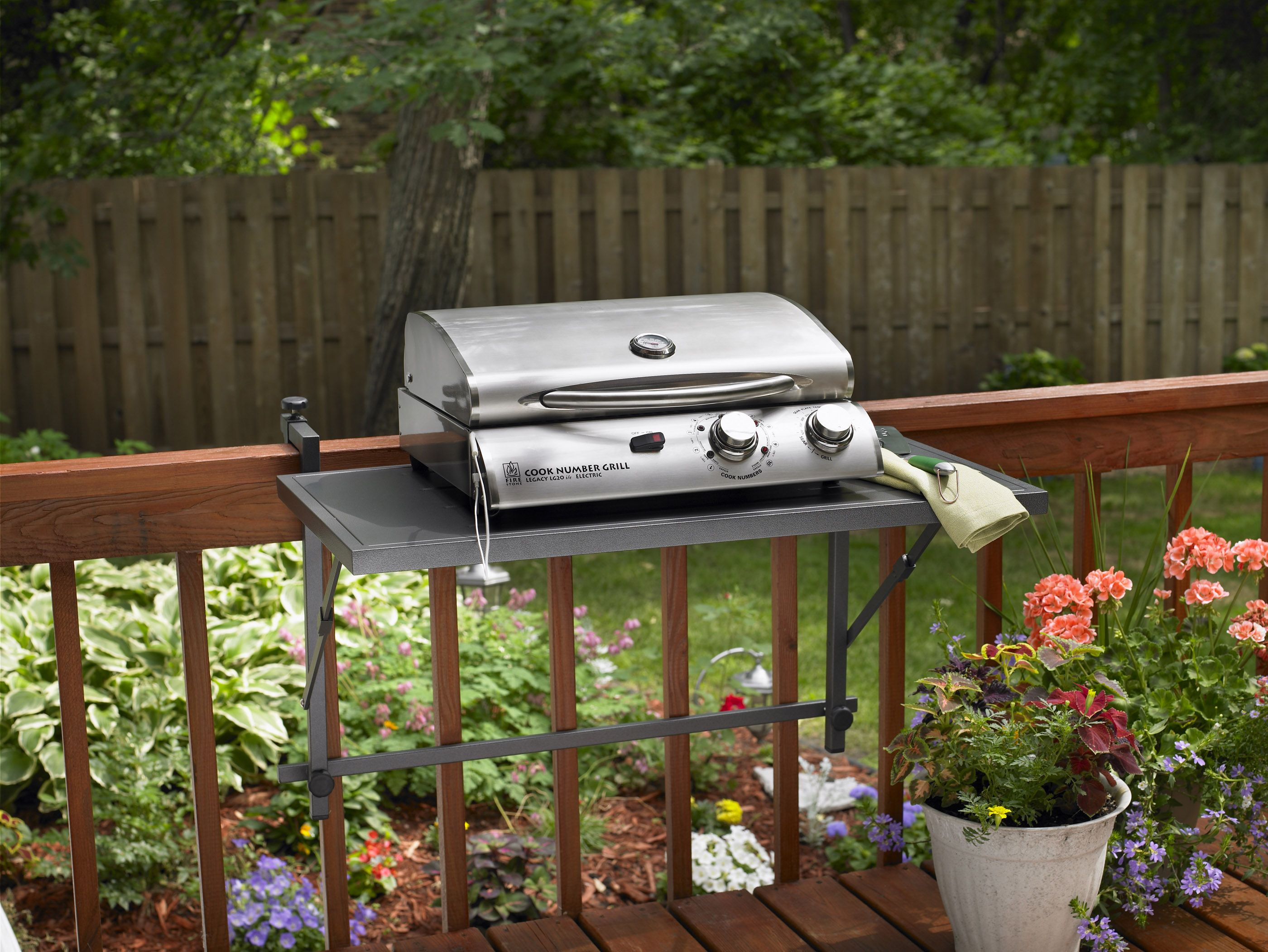 narrow decks with grill design