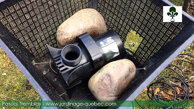 Assemblage d\'un Déglaceur pour bassin de jardin - Hiverner les ...