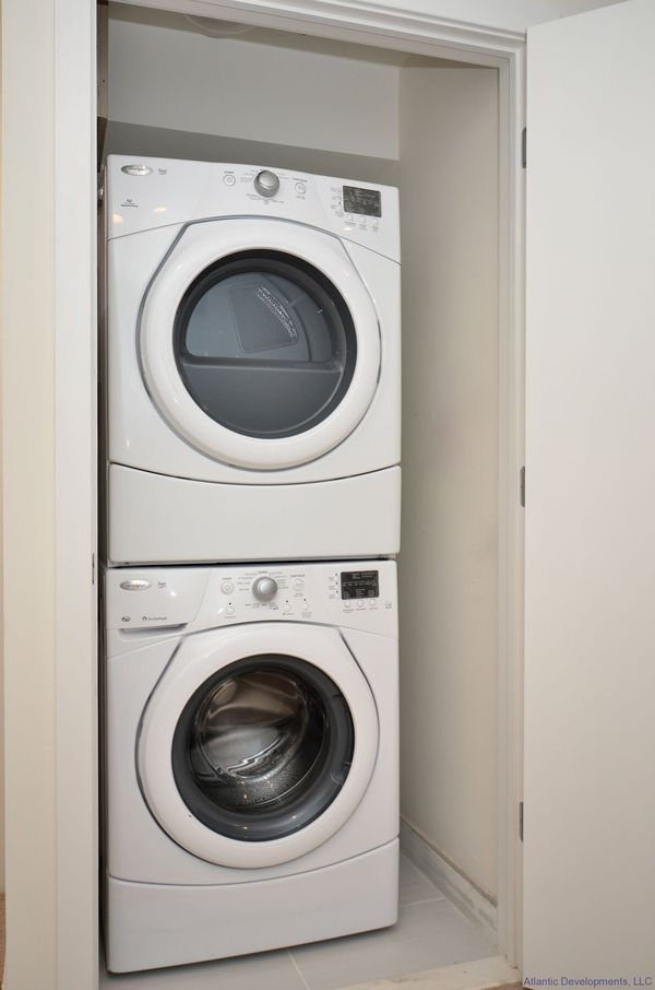 Stackable washer and dryer for Sale in San Marcos, CA