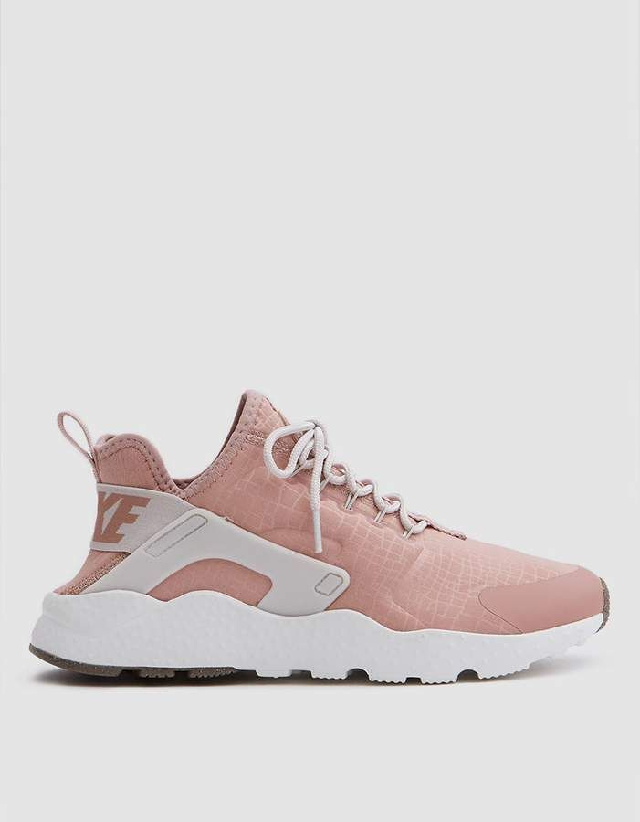 new arrival 6a210 09f68 ... Sneaker Trend via What Wear. Nike Huarache Run Ultra in Particle Pink Light  Bone